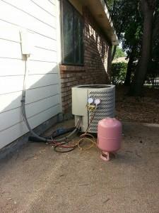 AC Compressor Freon Refill